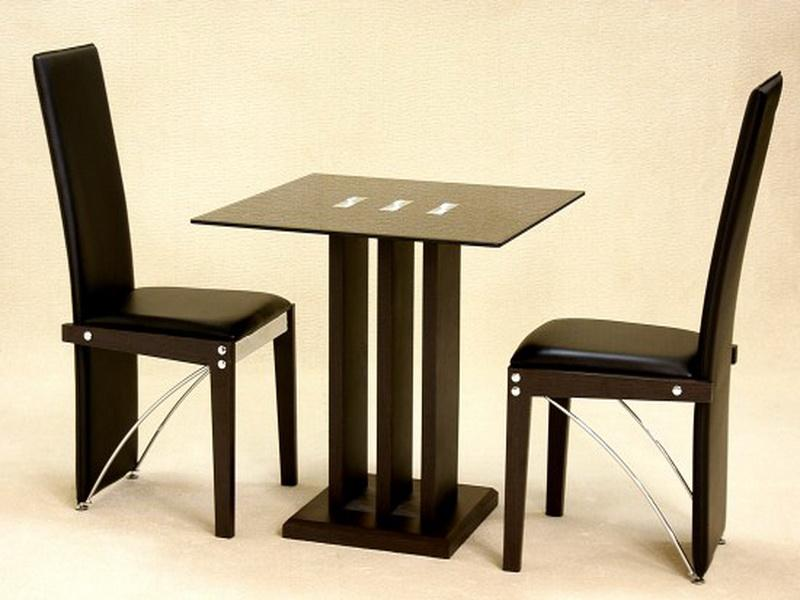 Kitchen table with 2 chairs photo - 1