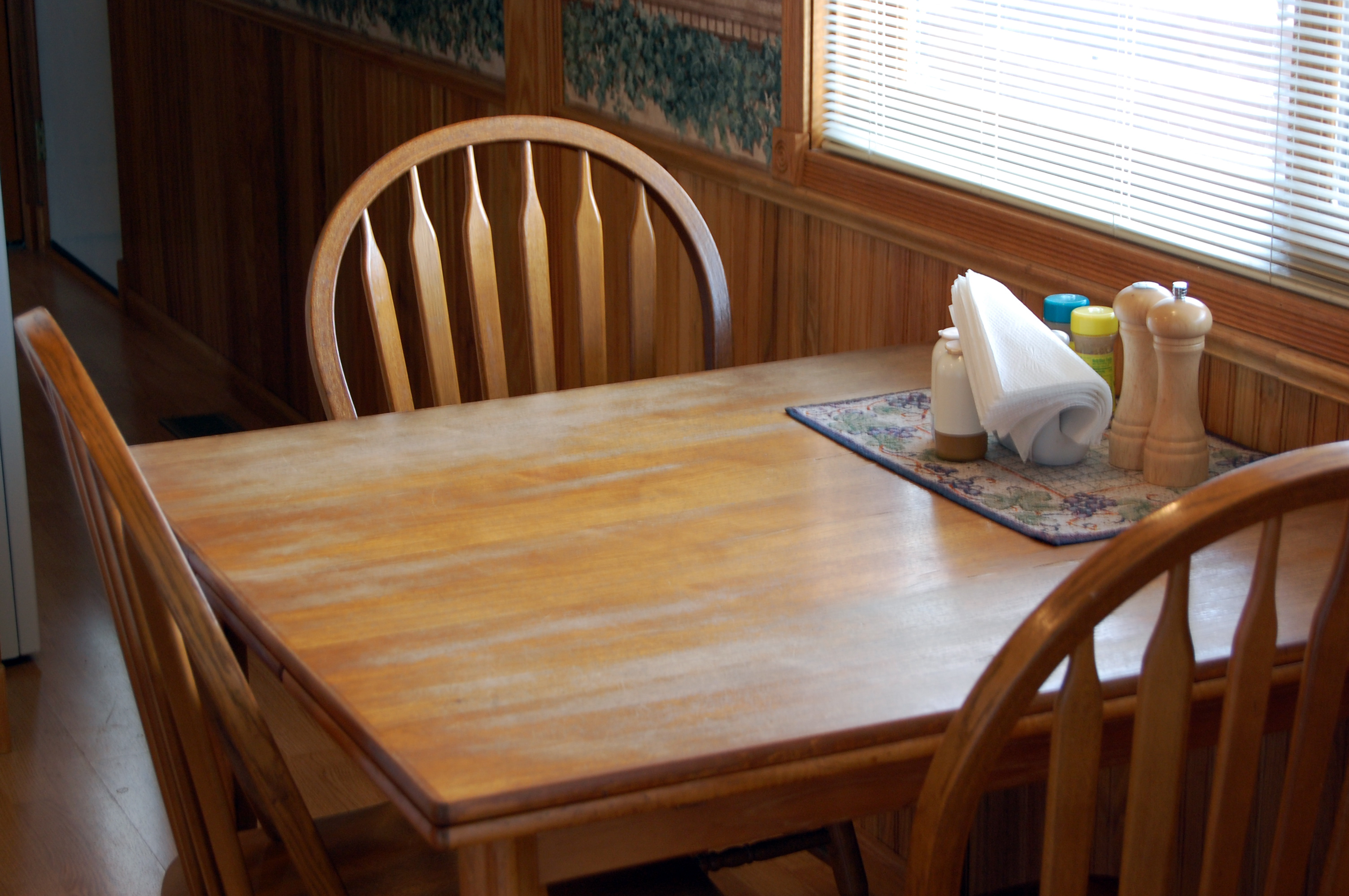 Kitchen table with chairs photo - 3