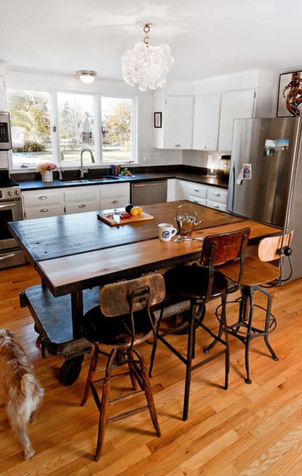 Kitchen tables and chairs with wheels photo - 2