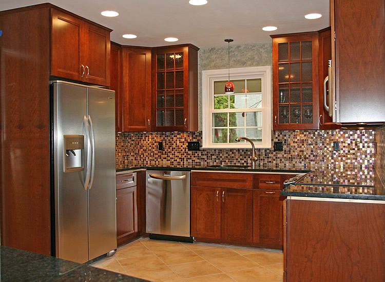 Kitchen wall cabinets photo - 1