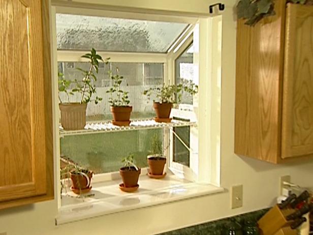 Kitchen window garden photo - 3