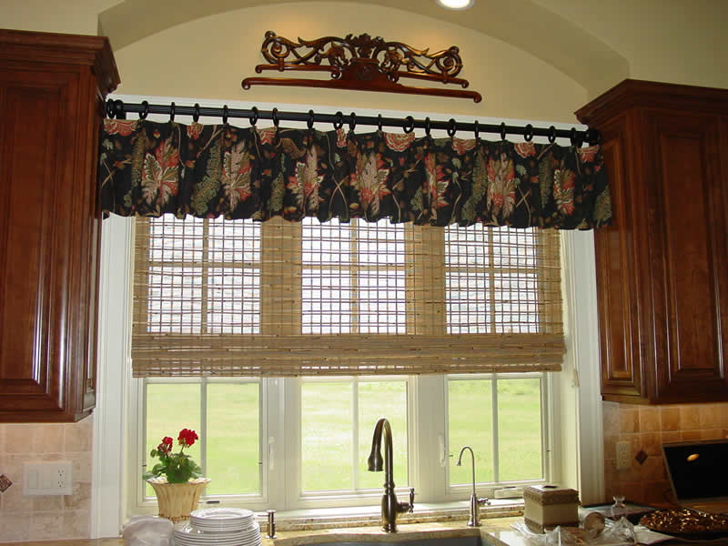 Kitchen window valances photo - 1