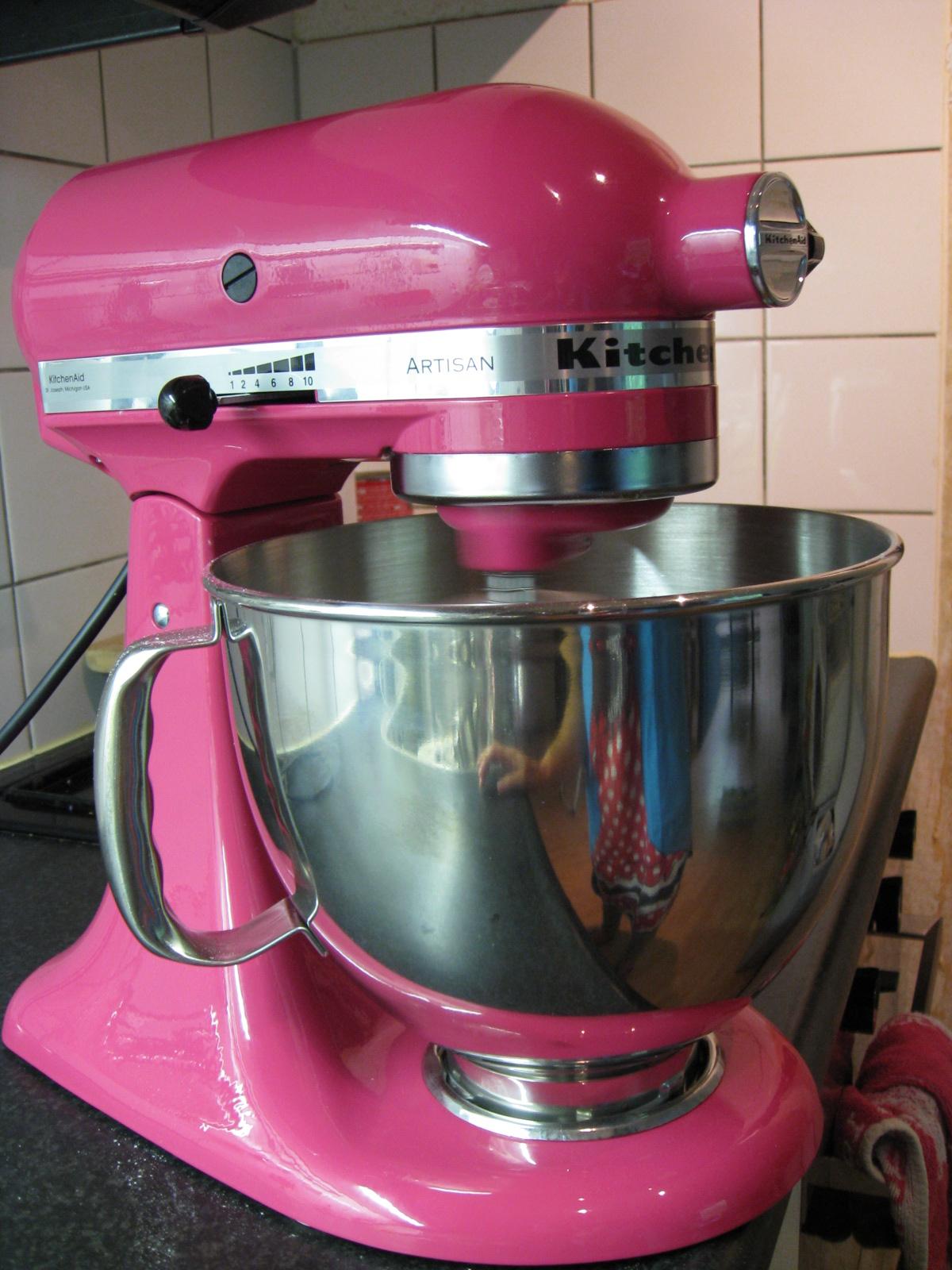 Kitchenaid artisian mixer photo - 3