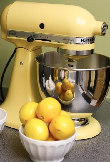 Kitchenaid classic stand mixer photo - 1