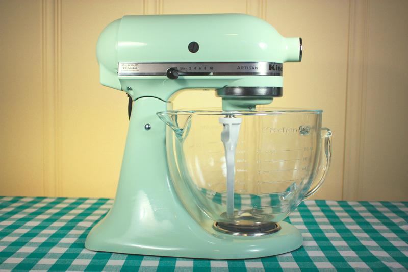 Kitchenaid food mixer photo - 3
