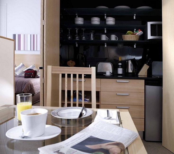 Kitchenette table photo - 1
