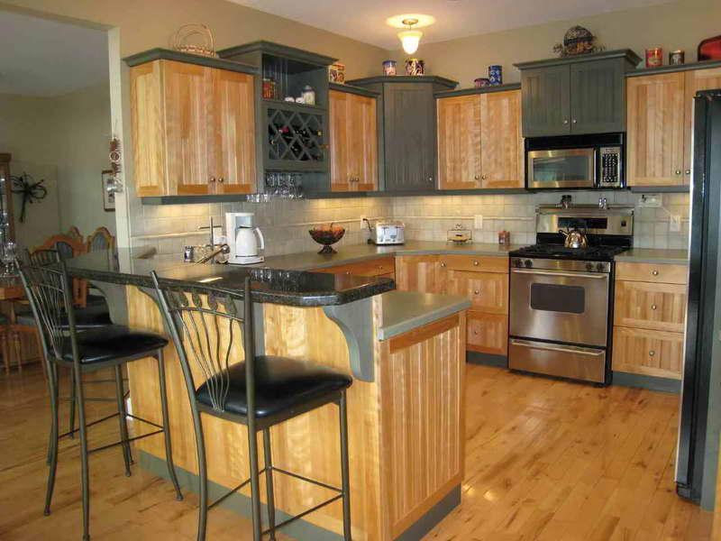 Metal kitchen stools photo - 3