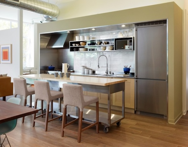 Movable island for kitchen photo - 1