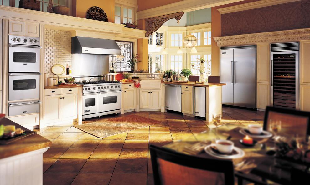 Nostalgic kitchen appliances photo - 3