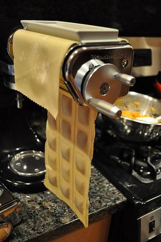 Pasta roller kitchenaid photo - 1