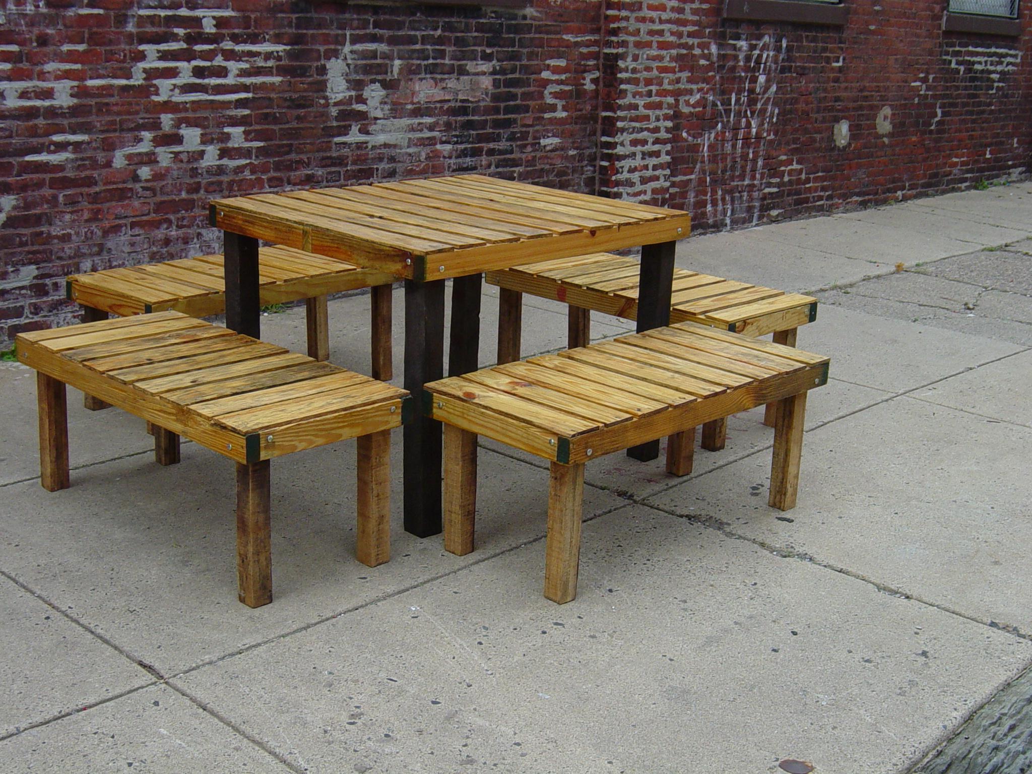 Picnic style kitchen table photo - 3
