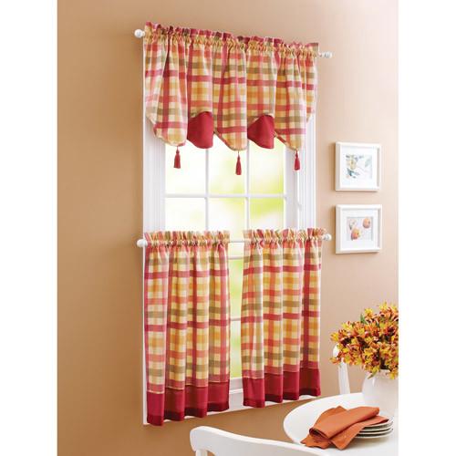 Plaid kitchen curtains photo - 3