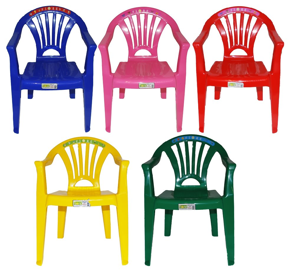 Plastic kitchen chairs photo - 1