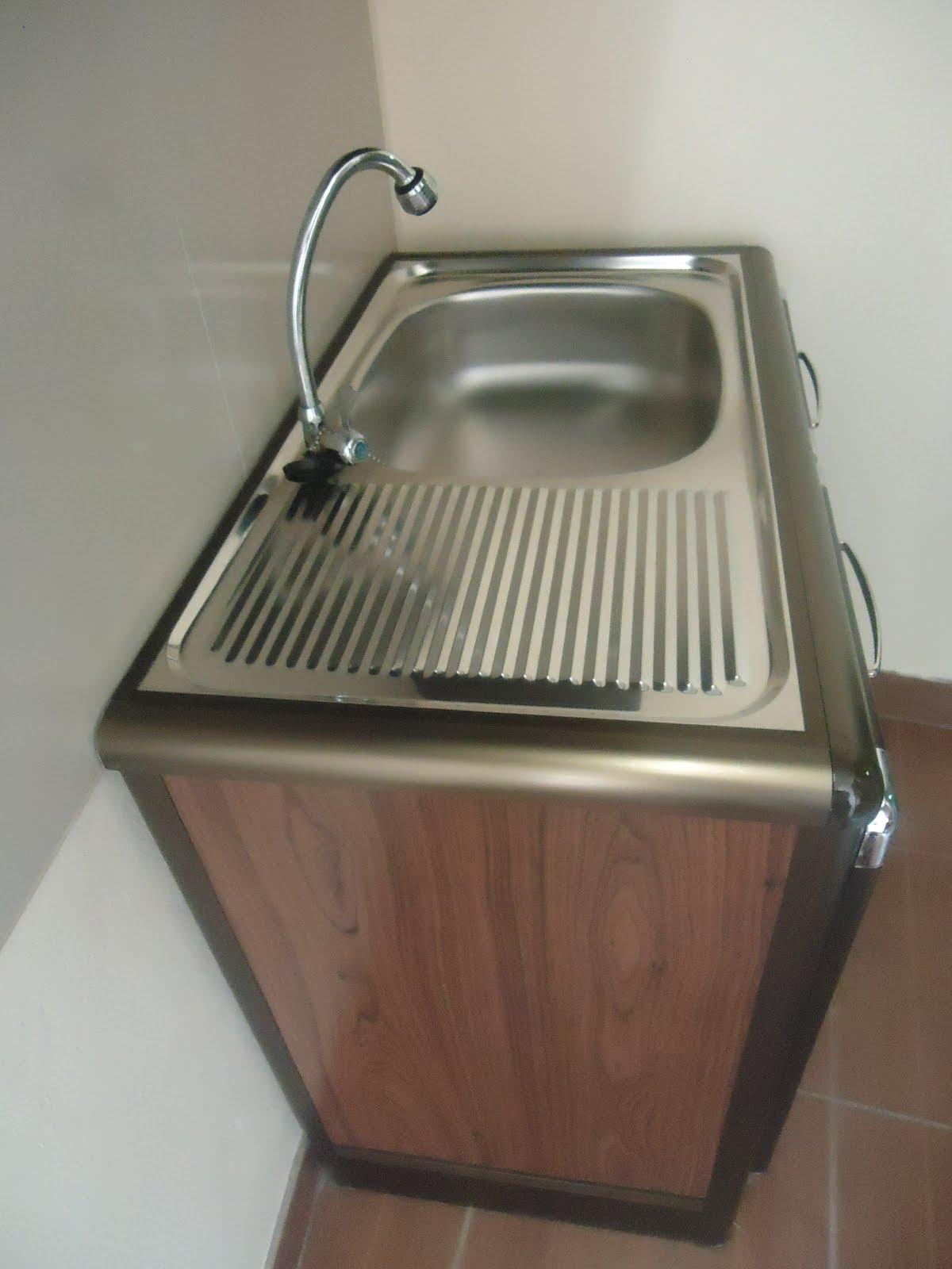 Portable kitchen sink photo - 2