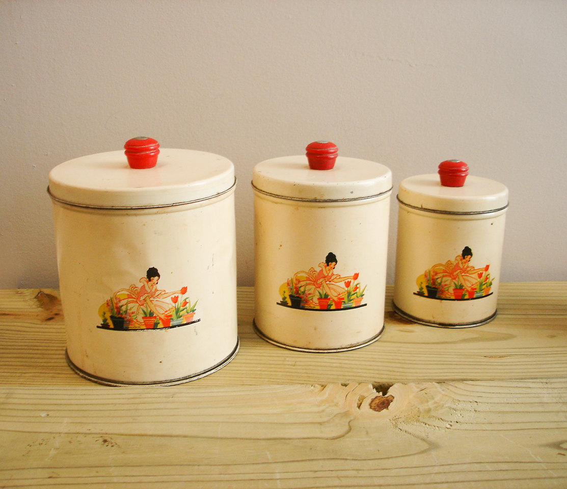 Red canister sets for kitchen photo - 2
