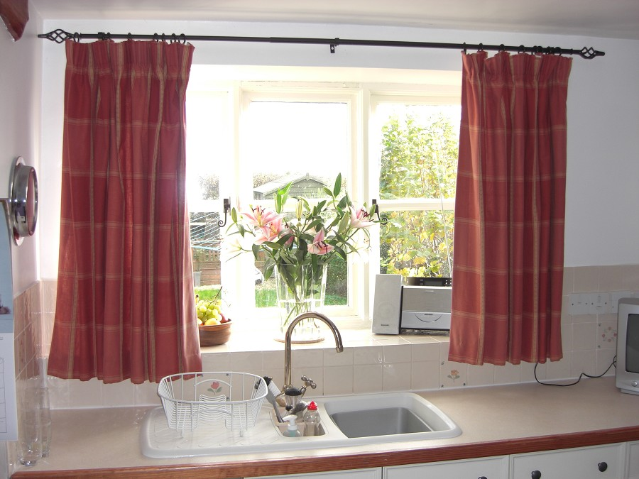 Red Kitchen Curtains And Valances Photo 1.