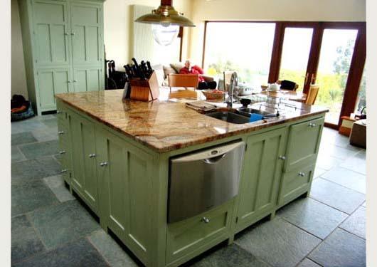 Red kitchen island photo - 1