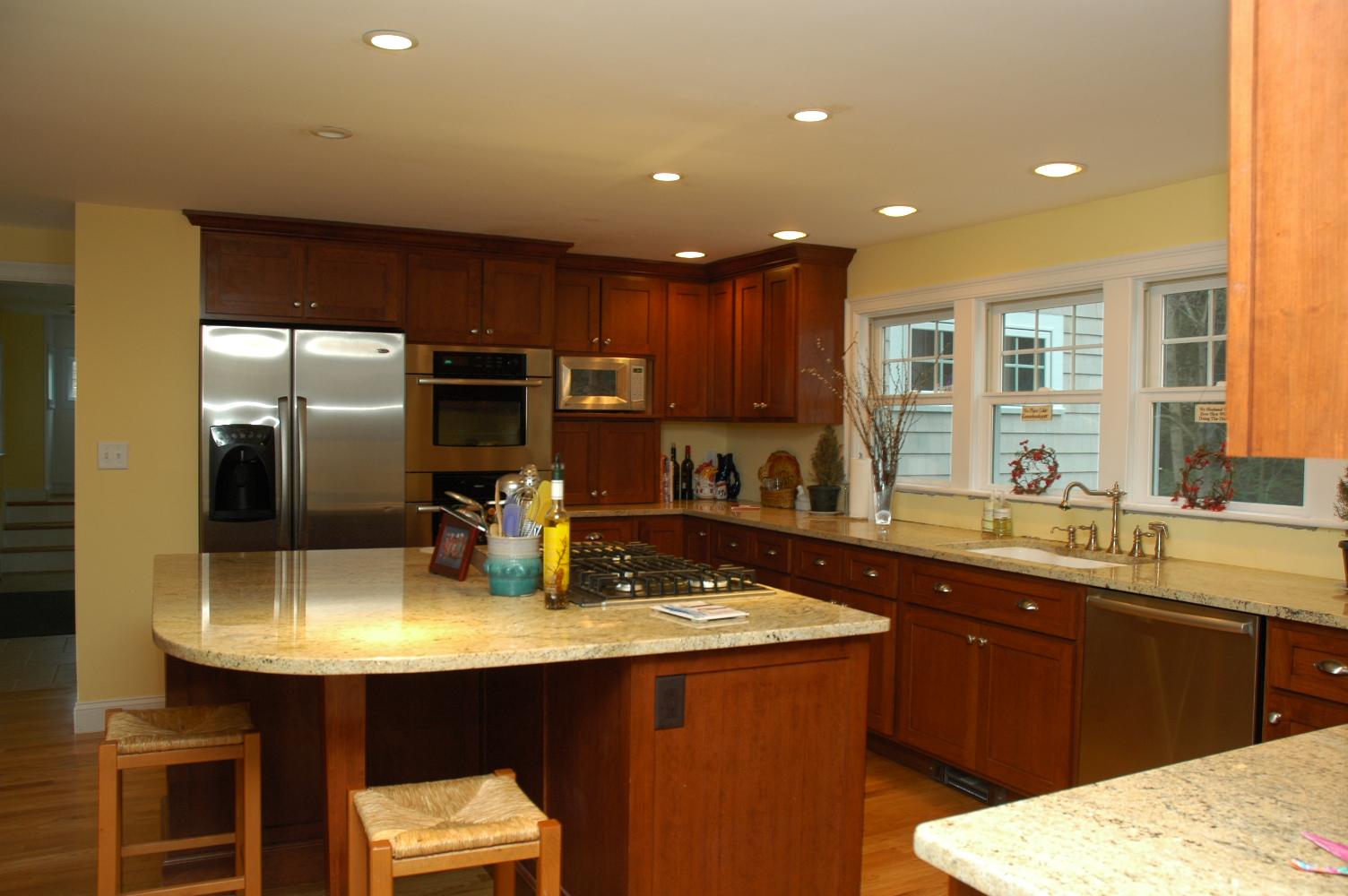 Red kitchen island photo - 3