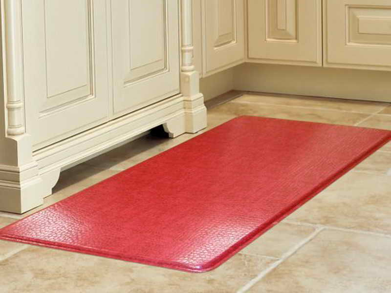 Red kitchen mat photo - 1