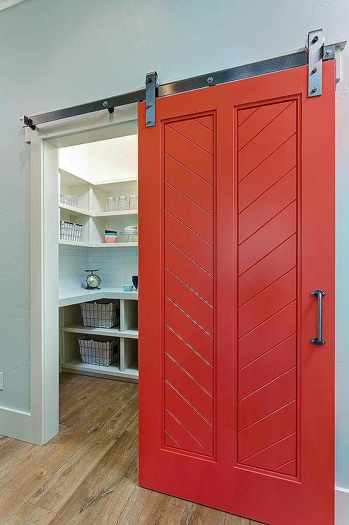 Red kitchen pantry photo - 3