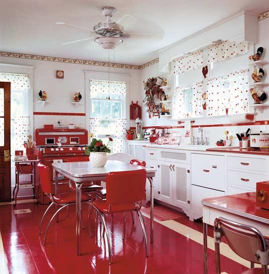 Red vintage kitchen photo - 2