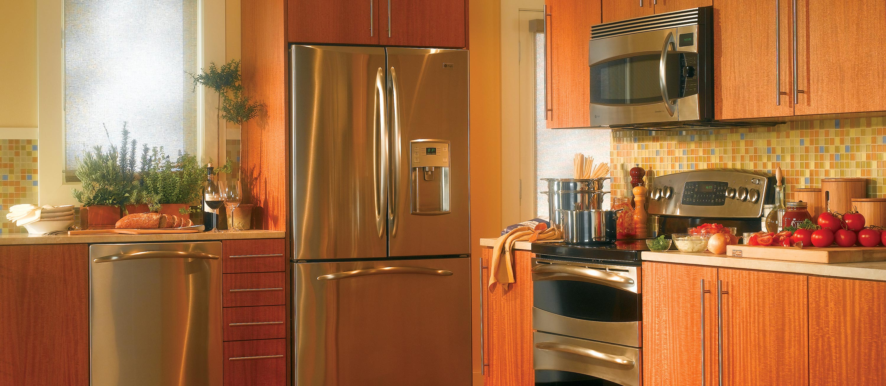 Refrigerator for small kitchen photo - 3