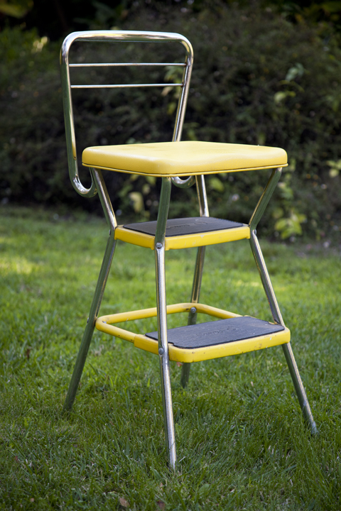 Retro kitchen step stool photo - 1