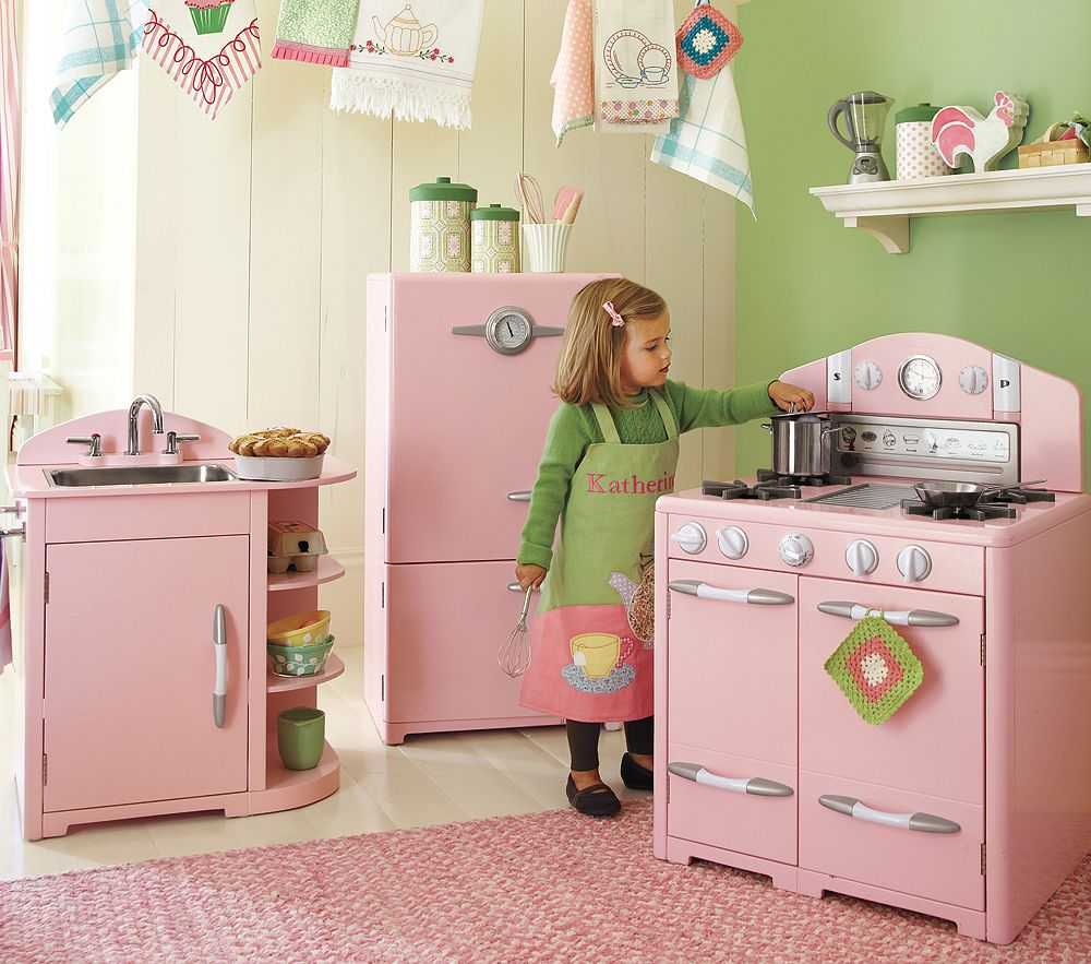 Retro play kitchen photo - 2