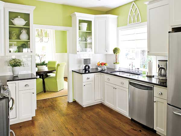 Round white kitchen table and chairs photo - 2