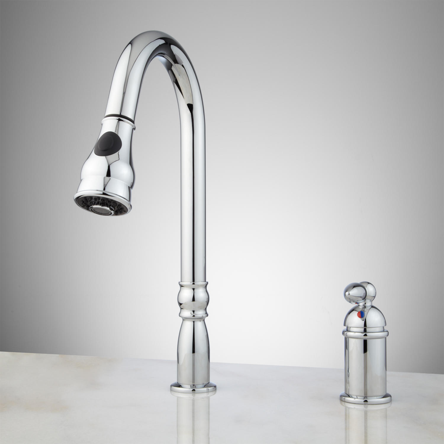 Single handle kitchen faucet with sprayer photo - 3