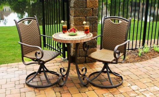 Small bistro table set for kitchen photo - 2