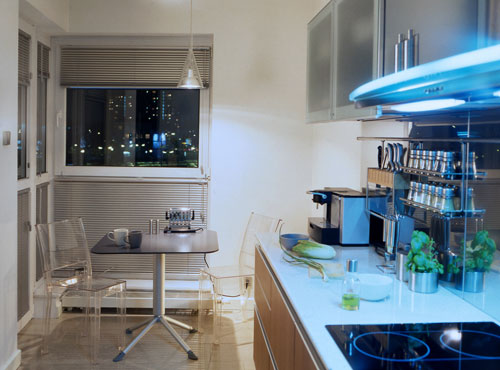 Small kitchen dining table photo - 2