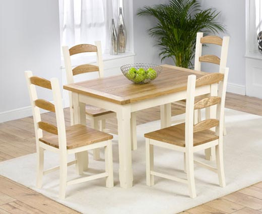 Small kitchen table and chairs photo - 3