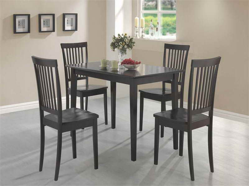 Small kitchen tables and chairs photo - 3