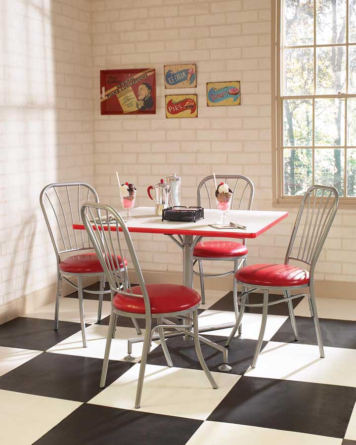 Square kitchen tables photo - 2