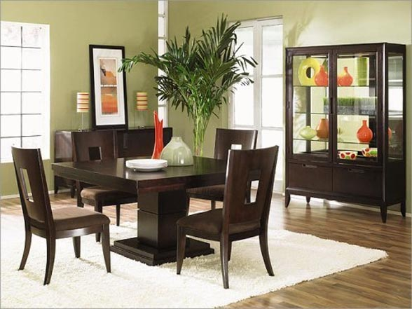 Square wood kitchen table photo - 1