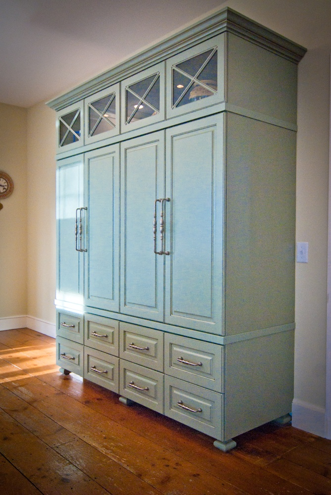 Standalone kitchen pantry photo - 3