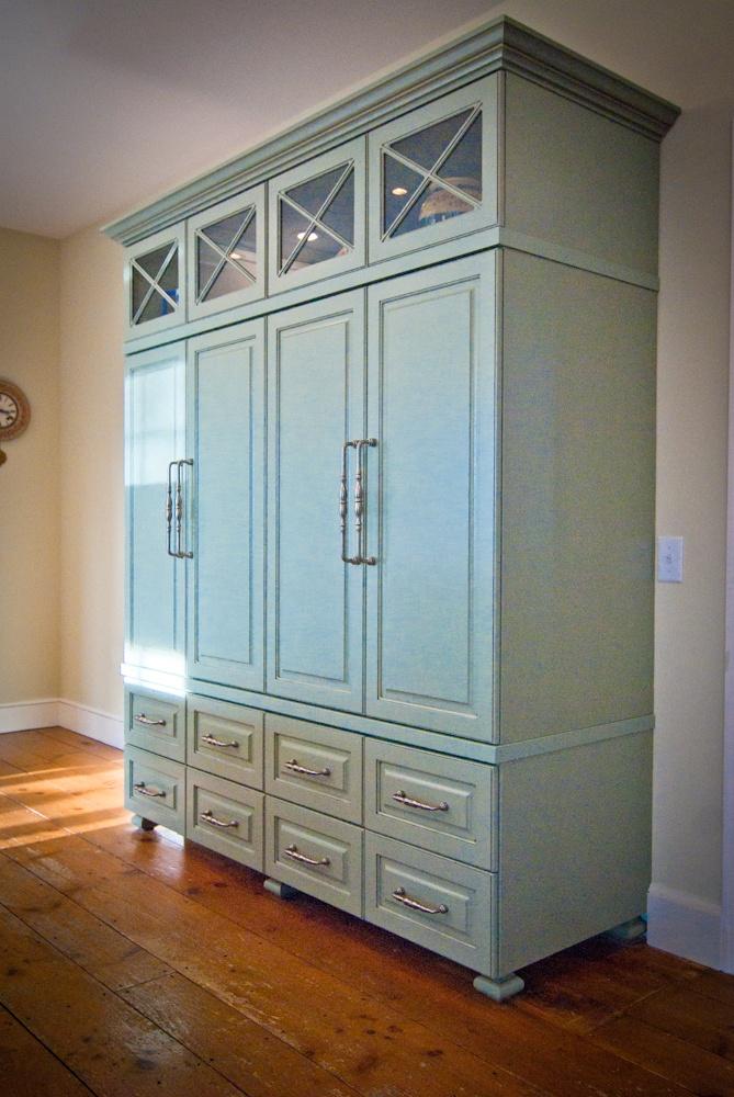 Standalone kitchen pantry photo - 3