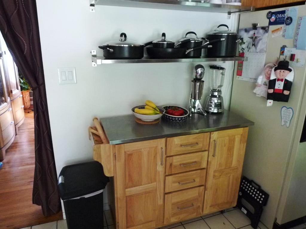 Target kitchen island photo - 1
