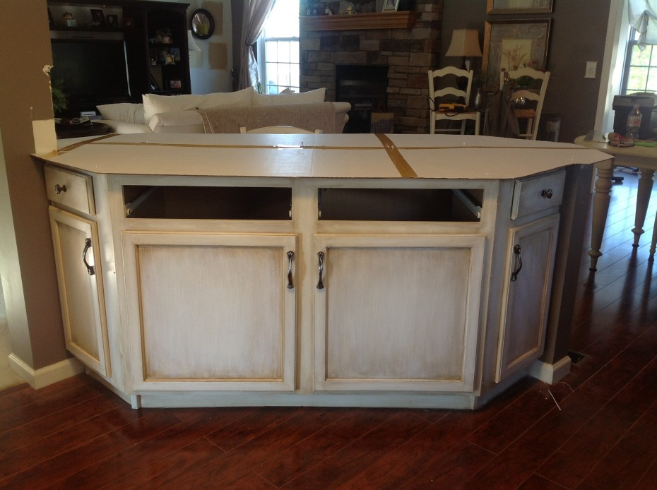 Unfinished kitchen table photo - 2