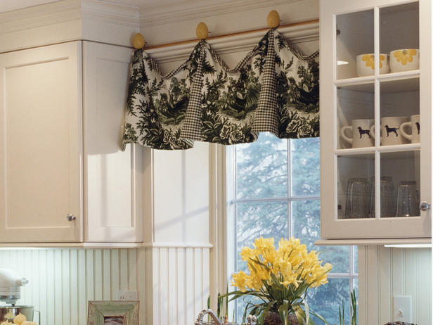 Valances for kitchen windows photo - 1
