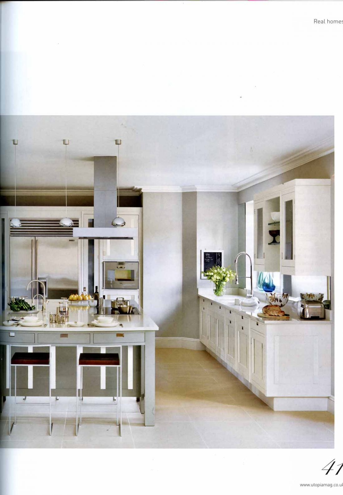 very small kitchen table small kitchen table ideas Very small kitchen table photo 1
