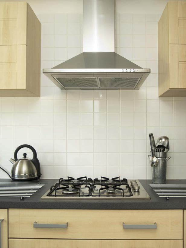 Wall exhaust fan for kitchen photo - 1