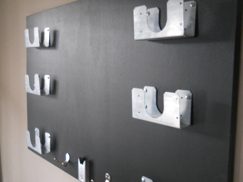 Wall mounted kitchen organizer photo - 3