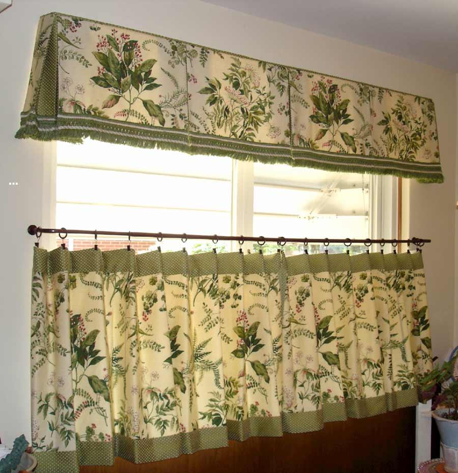 White kitchen curtains photo - 2