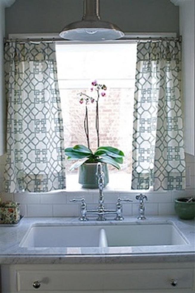 White kitchen curtains photo - 3
