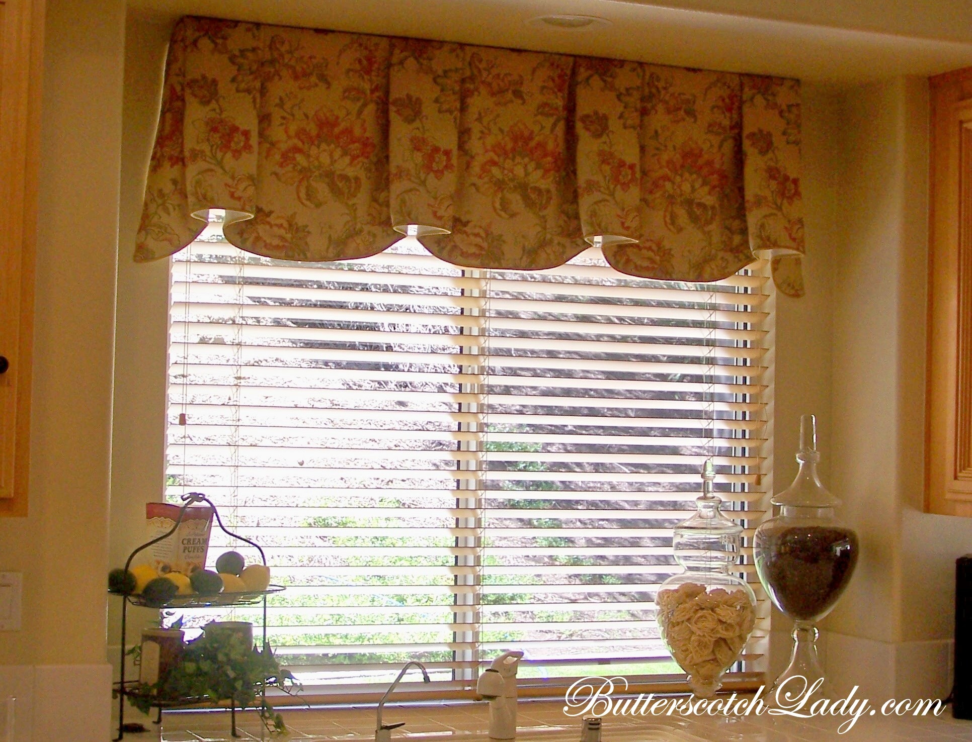 Window valances for kitchen photo - 3