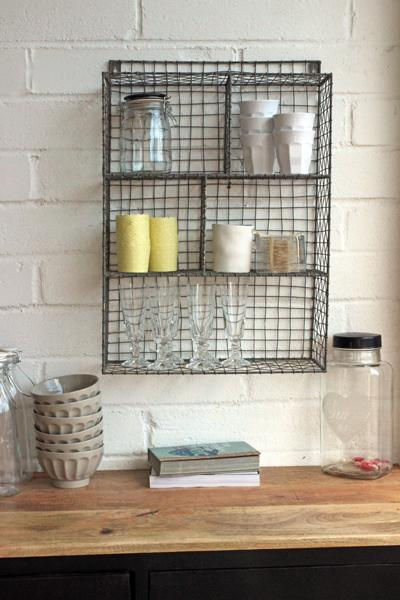 Wire kitchen shelf photo - 1