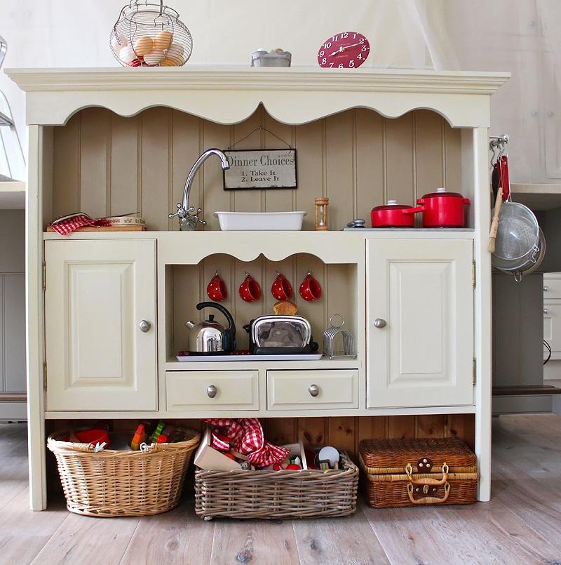 Wooden childrens kitchen photo - 3