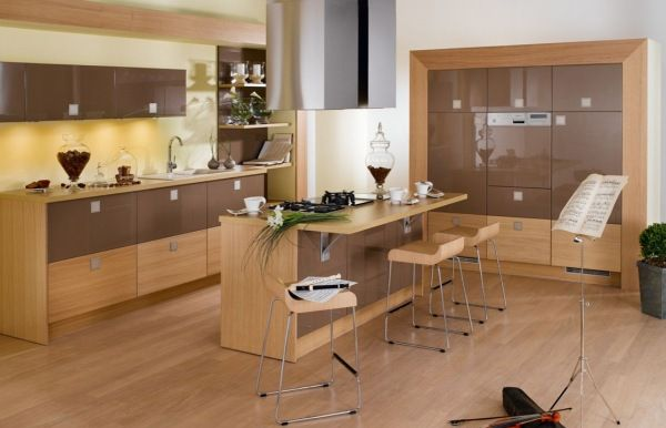 Wooden kitchen set photo - 1